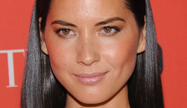 olivia_munn_close_up_blog